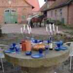 Picknick am Mühlsteintisch